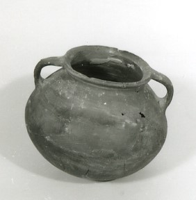 Cooking pot and baking tray from Jerusalem